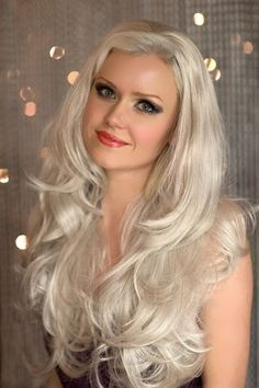 £29.99 - Silver half wig hairpiece (3/4 wig), loose curls: Tahlia  Give your hair an instant make over with our most popular 3/4 hairpiece.  Its tumbling waves and luxuriously full thick layers add incredible length and volume to your hair in an instant. Colour: Silver