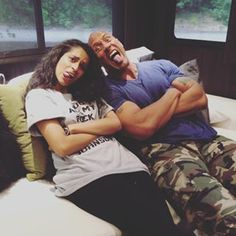Superwoman (Lilly sigh) and the rock (Dwanyne Johnson) The Rock Dwayne Johnson, Rock Johnson, Dwayne The Rock, Lily Singh, Dodie Clark, Youtube Stars, Simple Shirts, Woman Crush, Role Models