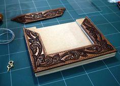 DIY Crafts: easy leather belt frame - upcycle old belts.