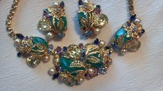 VINTAGE HOBE Necklace Earring Green Molded RHINESTONES Faux Pearls Glass SET #Hobe