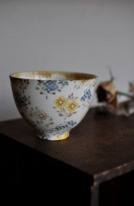 Japanese tea cup by Aya Yamanobe