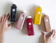 We've rounded up our pick of the best places to get a healthy green fix, an exotic, fruity refreshment and a cold pressed juice in Hong Kong. Juice Branding, Juice Packaging, Coffee Packaging, Bottle Packaging, Juice Logo, Photography Set Up, Coffee Photography, Healthy Food Quotes, Aesthetic Coffee