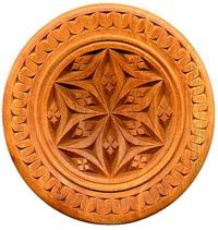 Chip carving is also known as kerbschnitzen, Swiss for engraving carving.   Tutorial at site.