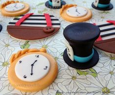 12 ALICE in WONDERLAND inspired. Edible Cupcake Toppers
