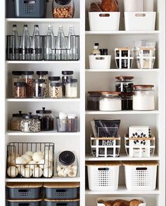 Clever Pantry Organization Ideas – Home Decor Art : Clever Pantry Organi… – Modern Kitchen Organization Pantry, Home Organisation, Pantry Storage, Kitchen Pantry, Organization Ideas, Organized Kitchen, Pantry Diy, Diy Storage, Kitchen Backsplash