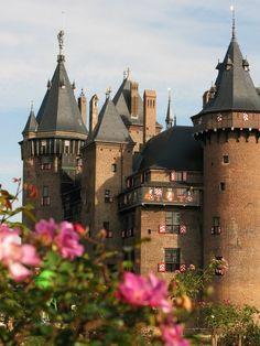 Castle De Haar near Haarzuilens / Netherlands...