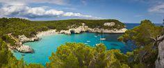 Blanca y azul, romántica y sibarita, Menorca