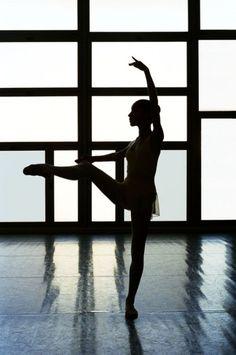Gorgeous pose... <3 Dance
