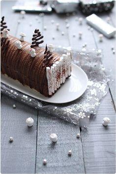 Bûche chocolat noir et coeur de crème brûlée