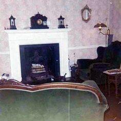 Gissela — A look inside Cavendish (Paul's house) in Paul Mccartney House, Paul And Linda Mccartney, Sir Paul, John Lennon, The Beatles, Wings, Joseph, Home Decor, Music