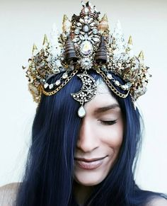 """culturenlifestyle: """" New Dazzling Mermaid Crowns Inspired by Ariel by Chelsea…"""
