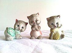 Vintage 1950s Three Little Kittens Figurines Nursery Kitty Cat Kitsch Set of 3
