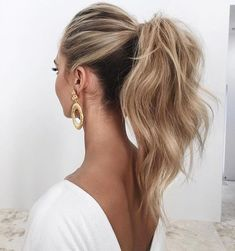 Lazy day hairstyles are lifesavers when you just don't have the energy to put effort into your appearance. Here are 20 different lazy day hairstyles that are super cute! Lazy Day Hairstyles, High Ponytail Hairstyles, Braided Hairstyles, Wedding Hairstyles, Cool Hairstyles, Puff Ponytail, Hairstyle Ideas, Messy High Ponytails, Bun Bun