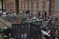 Czasami dojazd do Tybetu wiedzie krętymi drogami... Nasz wypadł przez Amsterdam - miasto rowerów i... coffee shop'ów. Zobacz więcej: http://smieszynkatravel.com/amsterdam/ #amsterdam #holandia #rower #coffee #shop