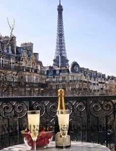 Champagne cheers!