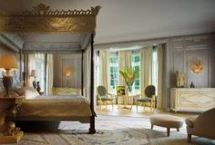 Traditional Bedroom by Sills Huniford and Shope Reno Wharton in Long Island, New York <3