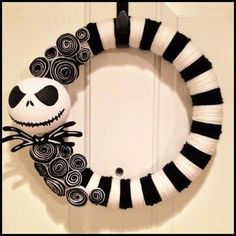 Pool noodle wreath... perfect for if have a boy for his TNBC themed nursery!
