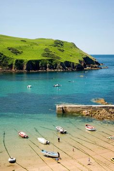 Hope Cove, Devon. Lucky enough to have visited this pretty little cove.....