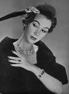 Chaumet & Rose Valois 1952