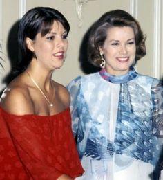 dosesofgrace:  Princess Caroline and Princess Grace