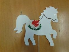 kokárda március 15 Horse Crafts, Animal Crafts, Doki, Independence Day, Art For Kids, Origami, Diy And Crafts, Dinosaur Stuffed Animal, Projects To Try