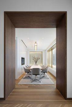 Shelton Mindel & Associates Interior Design 551W21 Sales Office | Floornature