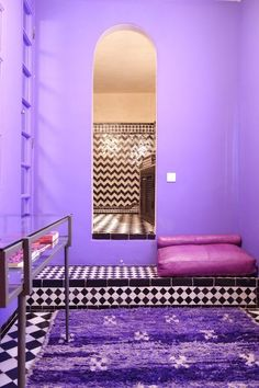 Stephen's Dramatic & Sultry Pied-à-Terre in Morocco — House Tour Jetzt bestellen unter: http://www.woonio.de/stephens-dramatic-sultry-pied-terre-in-morocco-house-tour/