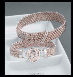 Woven Wire Jewelry (Beadwork How-To): Linda Chandler, Christine R. Ritchey: 9781931499576: Amazon.com: Books