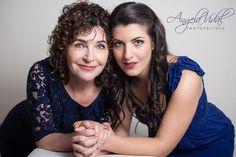 Mother & Daughter poses    www.angelavidalph...