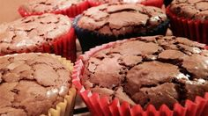 A very simple, very classic recipe for chocolate cupcakes with only 6 ingredients was handed down through generations of a family.