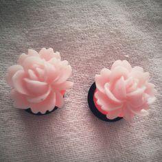 0g 8mm Plugs Gauged Studs pastel Flower Plugs Decora body piercings Gyaru......CUTE!