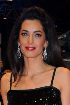 Wow ! Amal and George Clooney were on the red carpet in Berlin for the Hail, Caesar! premiere at the opening ceremony of the 66th Berlinale International Film Festival. Amal Clooney dazzled in a s…