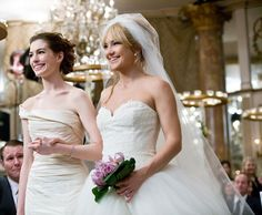 Bride Wars Cosmopolitan: 26 Most Amazing Wedding Dresses On Film Movie Wedding Dresses, Wedding Movies, Wedding Scene, Wedding Dress Styles, Wedding Bells, Wedding Reception, Wedding Gowns, Anne Hathaway Wedding, Anne Jacqueline Hathaway
