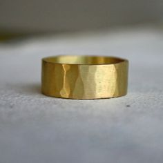 8mm wide square hammered band