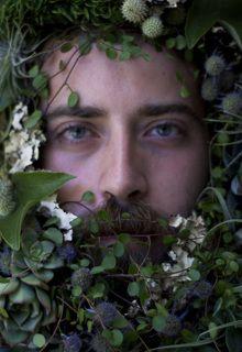 Flower Couture -   Zeus   fortuna favet fortibus  #flowerbeards