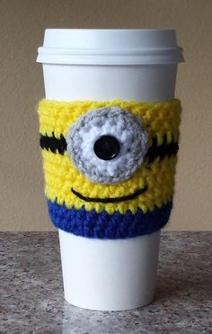 New Handmade Crochet Minion Coffee Cozy Cup Sleeve Despicable Me  Gift