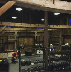 Barn Home Gym #HomeGyms