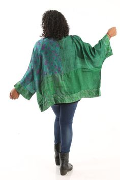 Greensewn Emerald Dream Kimono A great plus size piece for your holiday party.