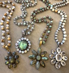 These hand knotted, beaded necklaces have beautiful gemstone flowers. All one of a kind! Bling Jewelry, Boho Jewelry, Jewelry Art, Beaded Jewelry, Jewelery, Vintage Jewelry, Jewelry Necklaces, Long Necklaces, Long Pendant Necklace