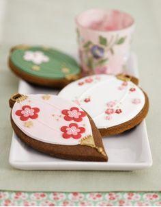 Blossom Lantern Cookies