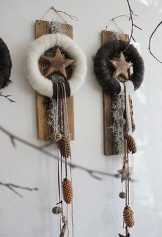 Nice home decorations for Christmas! Beautiful home decorations for Christmas! - Nice home decorations for Christmas! Nice home decorations for Christmas! Rustic Christmas, Winter Christmas, Christmas Home, Christmas Wreaths, Christmas Ornaments, Art Floral Noel, Diy And Crafts, Christmas Crafts, Advent Wreath