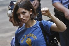 """One of the jailed members of the activist group, Pussy Riot, has written a defiant letter to supporters from prison on the eve of their verdict saying Vladimir Putin is finding it """"harder and harder"""" to overpower Russia's growing opposition movement. Meryl Streep, Boris Nemtsov, Hunger Strike, Foto Blog, Genderqueer, Tee Shirts, Tees, The New Yorker, Women In History"""