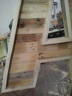 Realizadas con maderas de palets usados