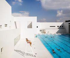 Elegant Les Bains Des Docks Is An Aquatic Centre In Le Havre, France, Designed By  French Architect Jean Nouvel