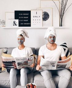 Couples who mask together Beauty Skin, Health And Beauty, Beauty Care, Images Esthétiques, Shotting Photo, Spa Night, How To Make Drinks, Tips Belleza, Facial Masks