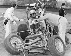 Photo of the Day Dirt Car Racing, Auto Racing, Vintage Race Car, Vintage Auto, Old Race Cars, Sprint Cars, Motor Speedway, Nascar