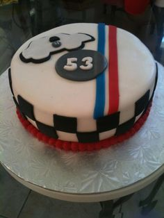 Racing cake by Dulce Galeria