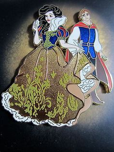 Disney D23 Expo Designer Fairytale Couples Snow White and Prince pin LE 250