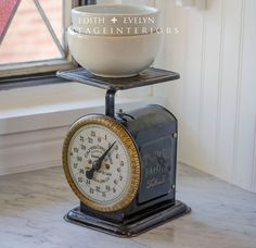 Vintage Columbia Family Scale Early 1900's 25 lb by edithandevelyn