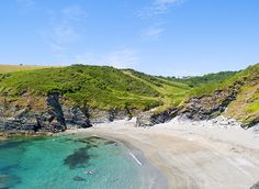 Google Image Result for http://www.classycottages.co.uk/images/beaches/535_390_lansallos.jpg